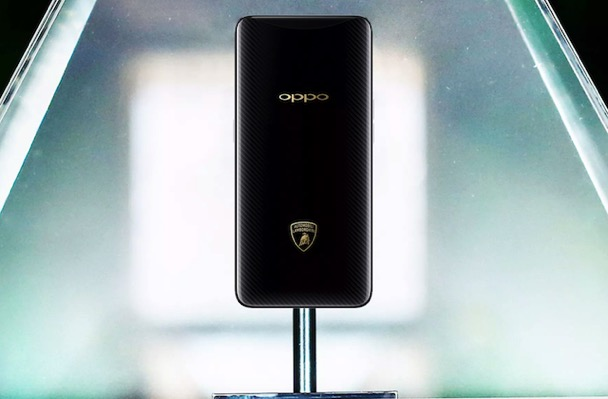 Oppo社Find X Lamborghiniエディションは35分以内に充電