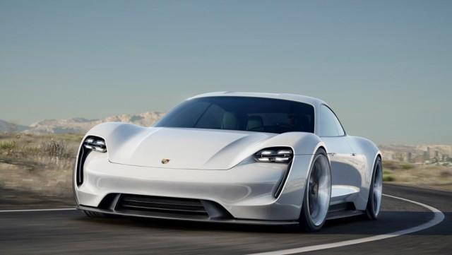Porche社は電動スーパーカーメーカーRimac社の少数持ち株取得