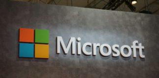 Microsoft社のAndromeda端末は今年の発売はない模様