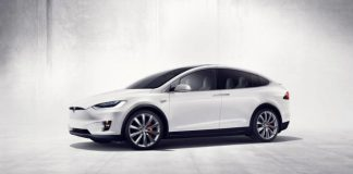 Tesla社顧客、電気自動車向け連邦税額控除をすぐに失う