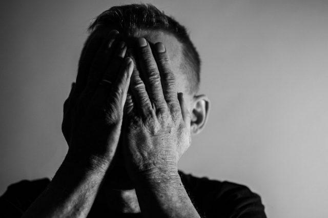 MITが会話からうつ病を発見するAIを開発
