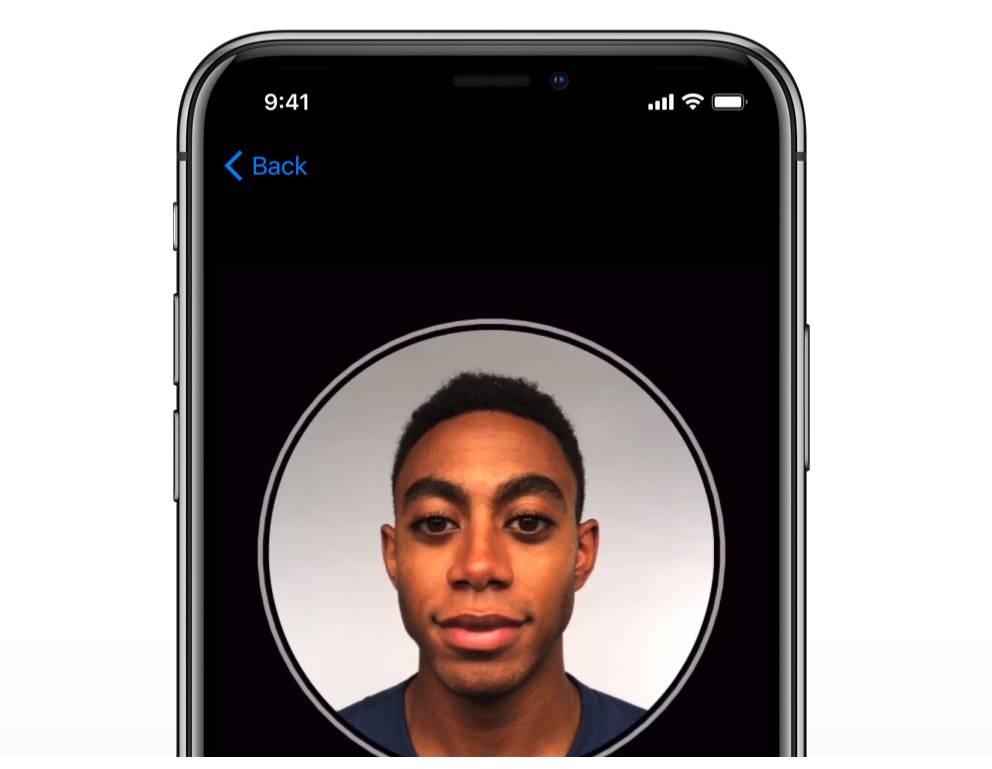 Face IDやTouch IDでのログインにSafariが対応